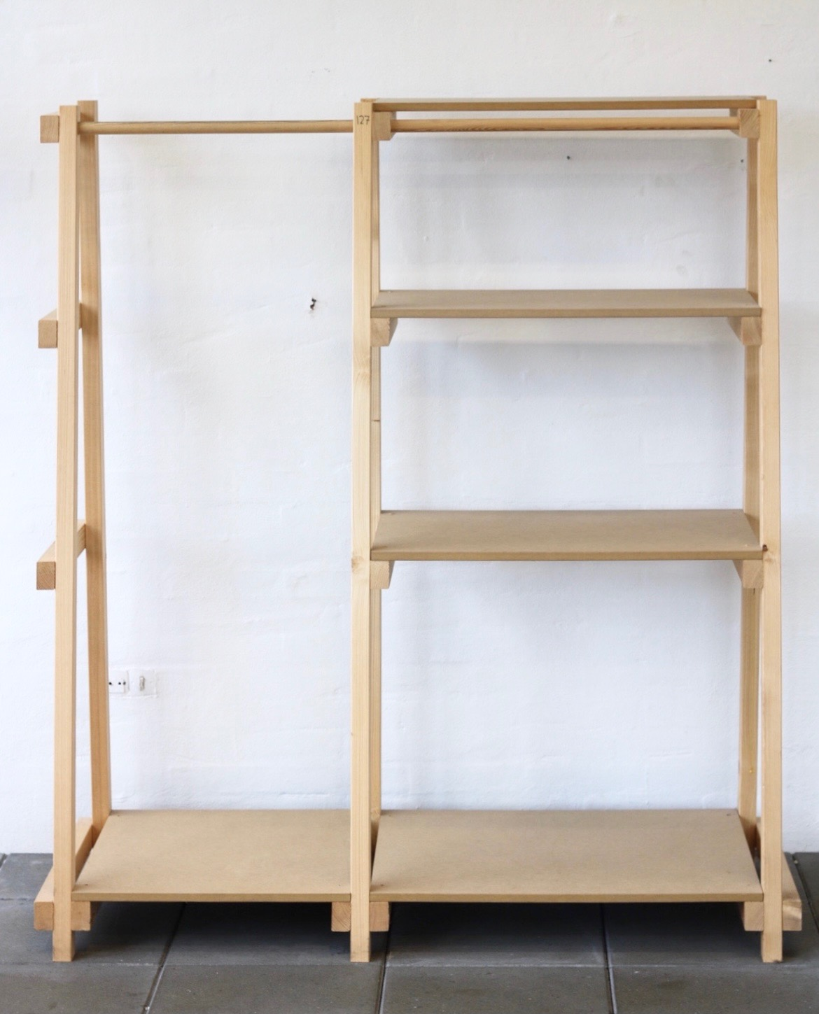Book_stand